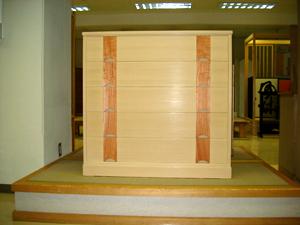 巾1010 高さ980 奥行き460 新潟県産桐材使用 新潟県産龍眼使用